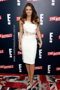 Elizabeth-Hurley-royals-series-premiere-party LOGO SITE