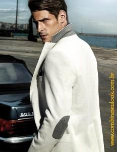 Look terno claro c Mercedes LOGO SITE